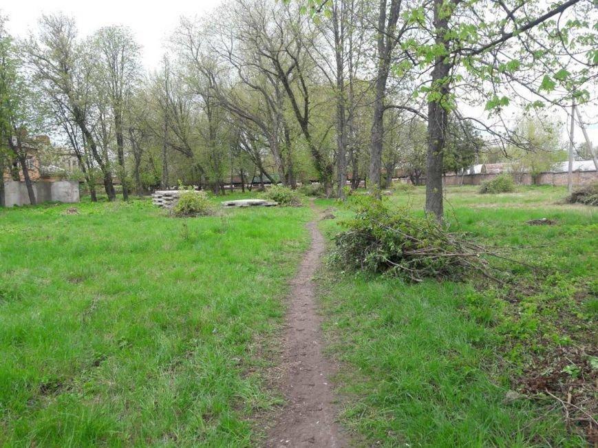 В Конотопі на місці нещодавно прибраного парку з'явилося свіже сміттєзвалище, фото-1
