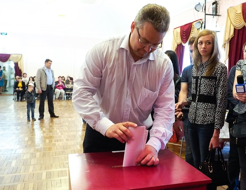 Владимир Владимиров проголосовал на предварительных выборах «Единой России», фото-4