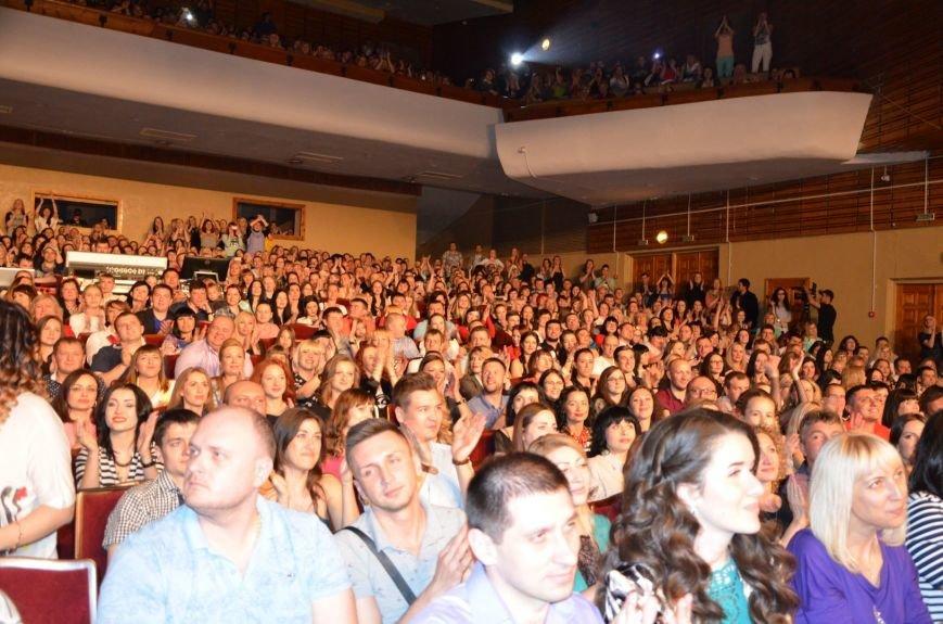 В Мариуполе Лобода раздела танцоров и кружила по сцене на гироскутере (ФОТОРЕПОРТАЖ+ВИДЕО), фото-11