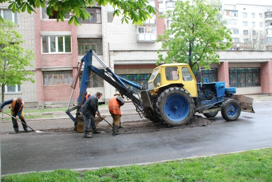 Хороший асфальт в Чернигове – фантастика, фото-2