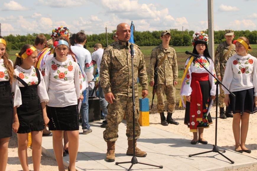 Герои не умирают - открытие памятника погибшим бойцам украинской армии, фото-6