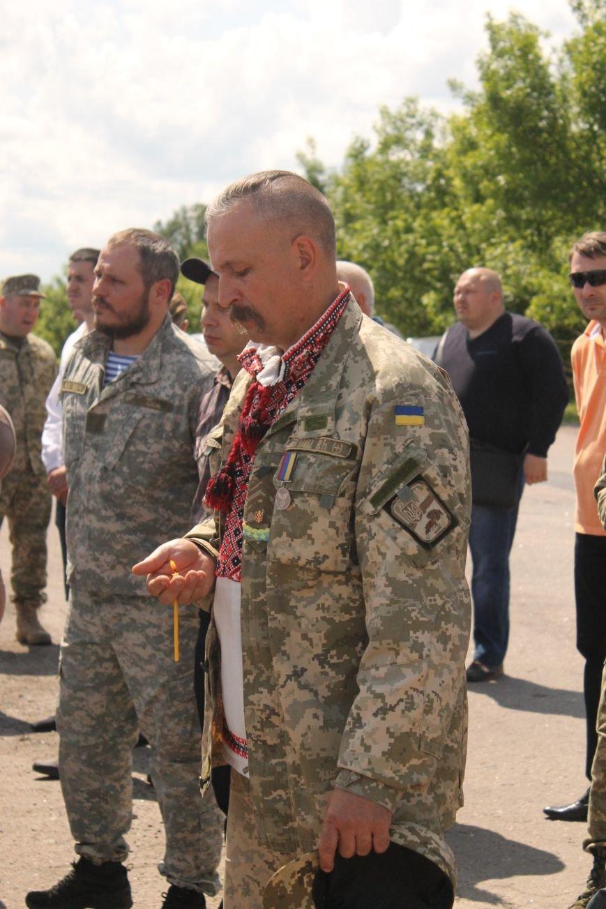 Герои не умирают - открытие памятника погибшим бойцам украинской армии, фото-8