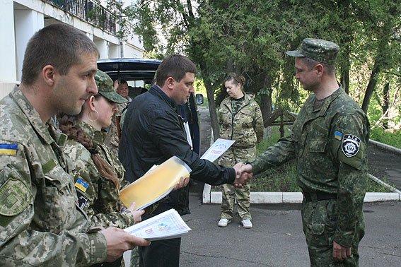 Бойцов спецбатальона «Чернигов» наградили медалями в Мариуполе, фото-4