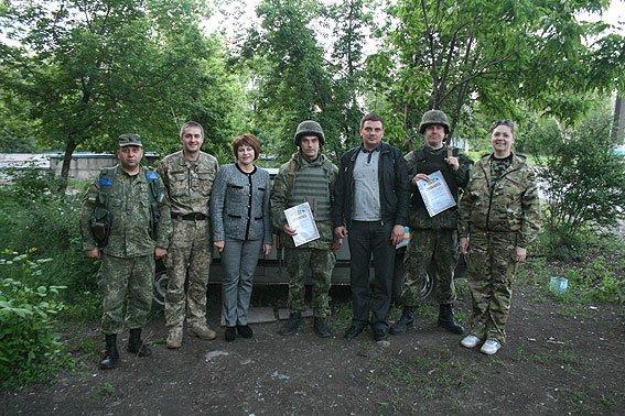 Бойцов спецбатальона «Чернигов» наградили медалями в Мариуполе, фото-1