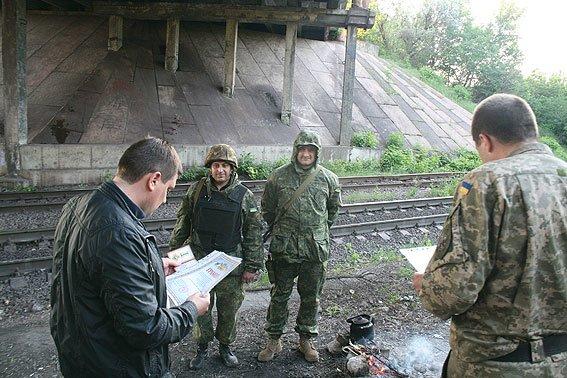 Бойцов спецбатальона «Чернигов» наградили медалями в Мариуполе, фото-5
