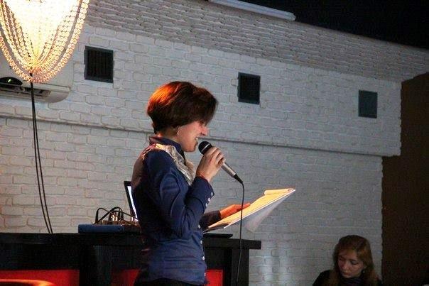 «Безкінечні вірші», батл та важкий рок - у Херсоні відбулася остання «Поетична шафа» (фото), фото-2