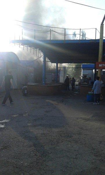 В Макеевке горел крупный рынок (ФОТО, ВИДЕО), фото-2