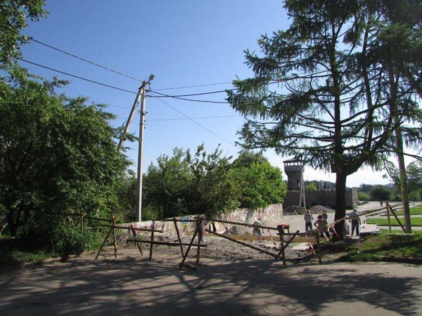Новоград-Волинський міський голова оглянув хід виконання робіт з благоустрою міста (ФОТО), фото-5