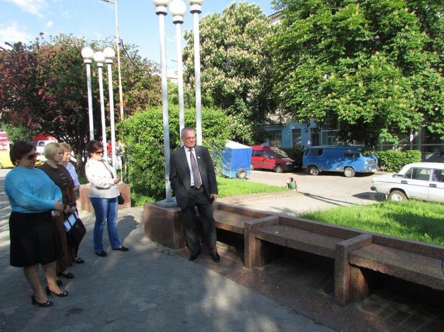 Новоград-Волинський міський голова оглянув хід виконання робіт з благоустрою міста (ФОТО), фото-1