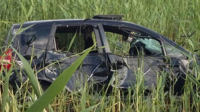 Ямы на дороге Днепропетровск-Павлоград чуть не стоили жизни двум пострадавшим в ДТП, фото-1