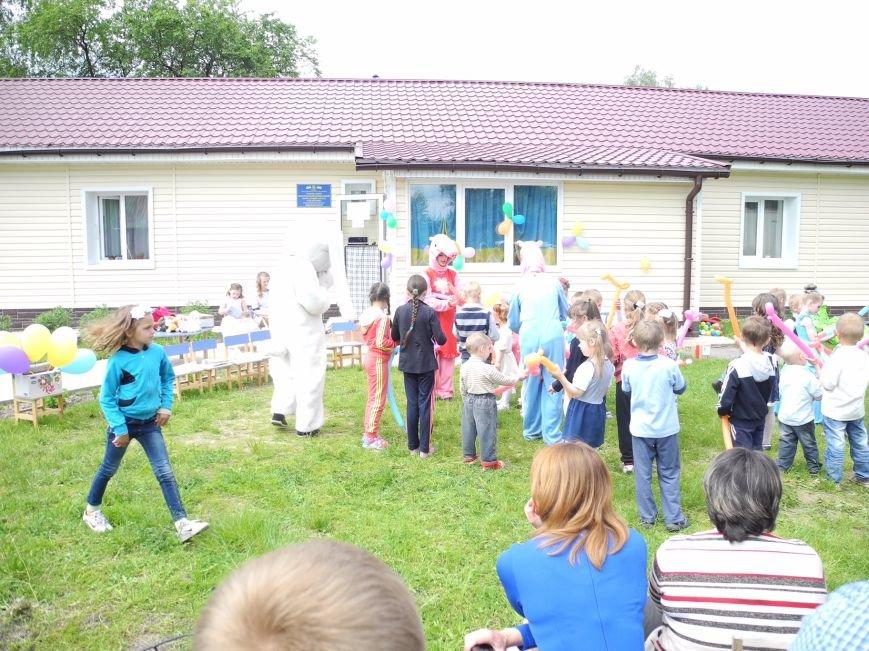 Максим Микитась організував свято для вихованців дитячого садочку села Пакуль, фото-1