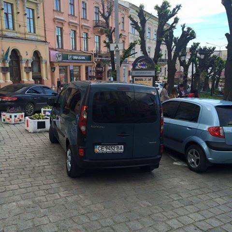 Паркування по-чернівецьки або де залишають машини чернівецькі водії, фото-14