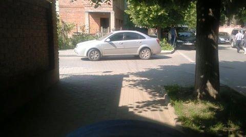 Паркування по-чернівецьки або де залишають машини чернівецькі водії, фото-11