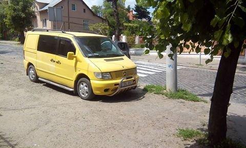 Паркування по-чернівецьки або де залишають машини чернівецькі водії, фото-7