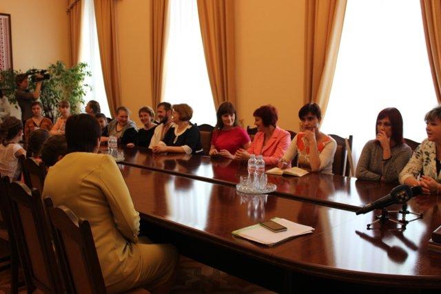 Губернатор Кировоградской области встретился с юными талантами Доброполья, фото-2
