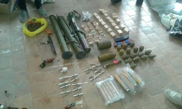 В Донецкой области двое силовиков вымогали у воина АТО взятку (ФОТО), фото-1