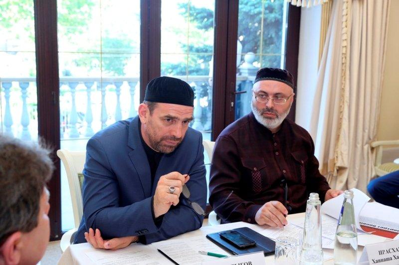 На комиссии по делам религии составили социальный портрет боевика, фото-3