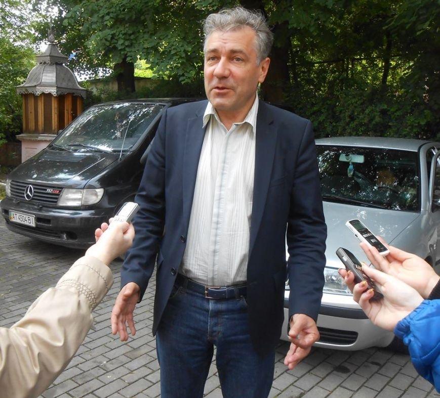 Чернівецький військовий госпіталь отримав 20 батофункціональних ліжок та операційні лампи, фото-1