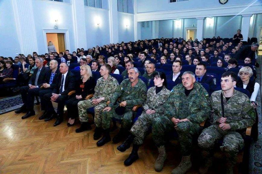 В Киеве почтили память погибшего в АТО Романа Набегова и представили его книгу (фото), фото-2