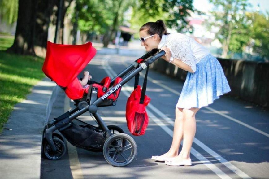 Як молодим батькам вибрати коляску і ліжко для дитини?, фото-1