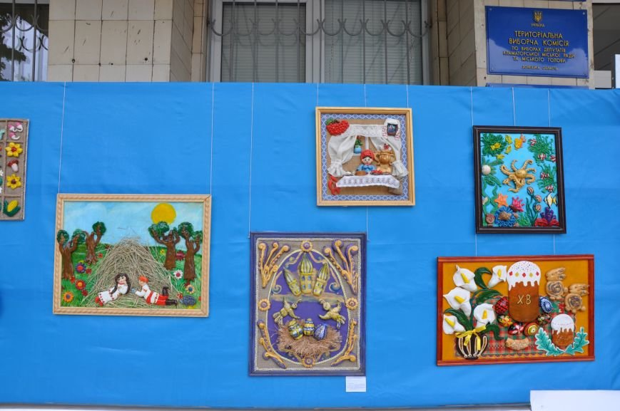 В Краматорском горсовете развесили иконы, фото-2
