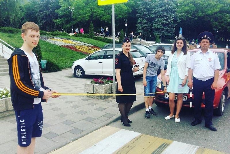 В Пятигорске прошли акции посвященные  защите детей на дороге, фото-1