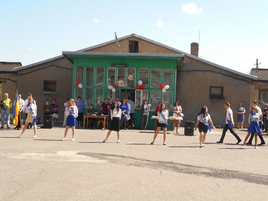 В Белицком прозвучал последний звонок (ФОТО), фото-11