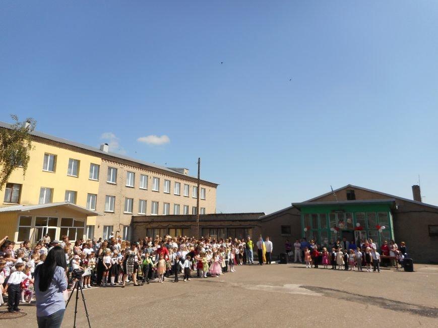 В Белицком прозвучал последний звонок (ФОТО), фото-3