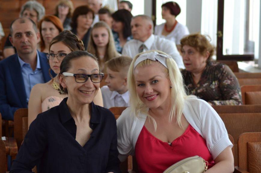 В Днепродзержинске наградили выпускников-медалистов, фото-4