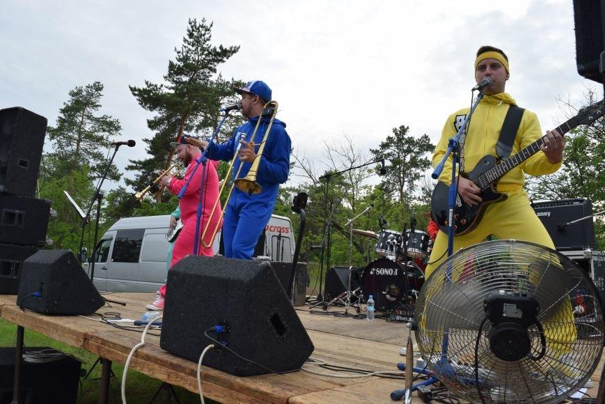 В Северодонецке выступила кавер-группа «Дебош» (ФОТО), фото-3