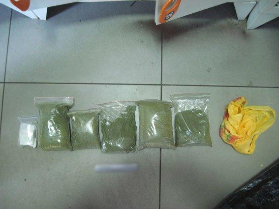 В черниговском «Сільпо» полиция нашла полтора килограмма марихуаны, фото-1