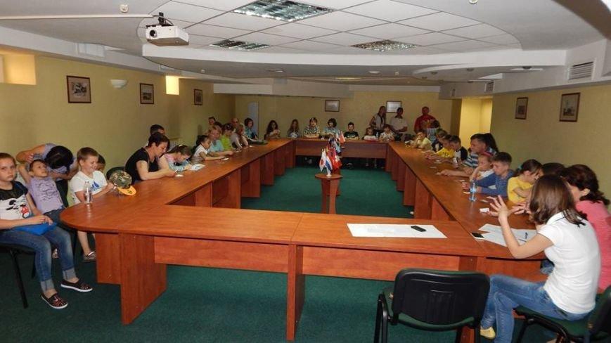 Бердянск принял участие в самом большом уроке английского языка в мире, фото-2