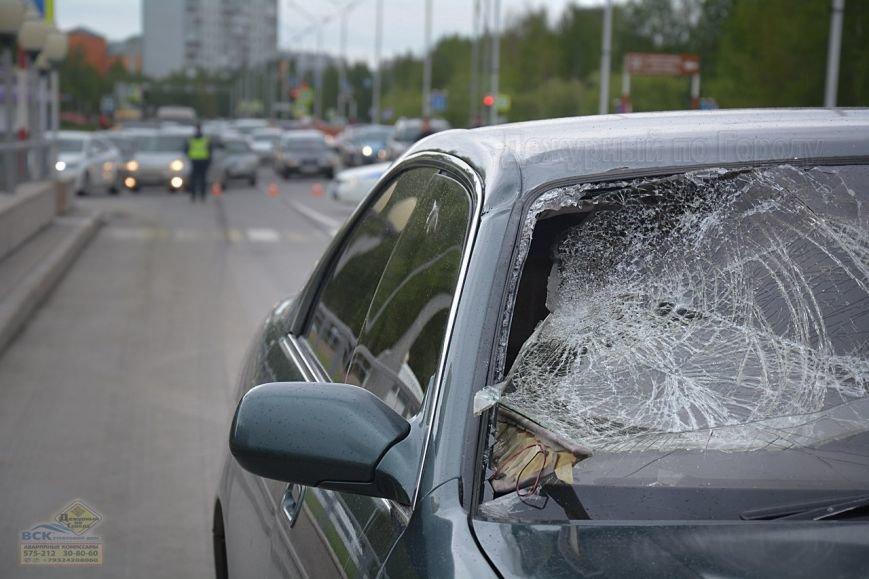 В Нижневартовске на пешеходном переходе возле Дворца Искусств  насмерть сбили пешехода //ВИДЕО, фото-3