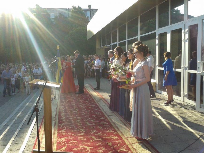Парад выпускников: в Терновке состоялся общегородской выпускной, фото-5