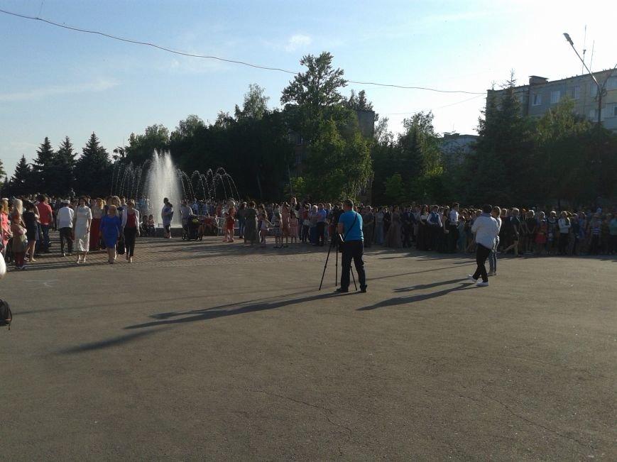 Парад выпускников: в Терновке состоялся общегородской выпускной, фото-2