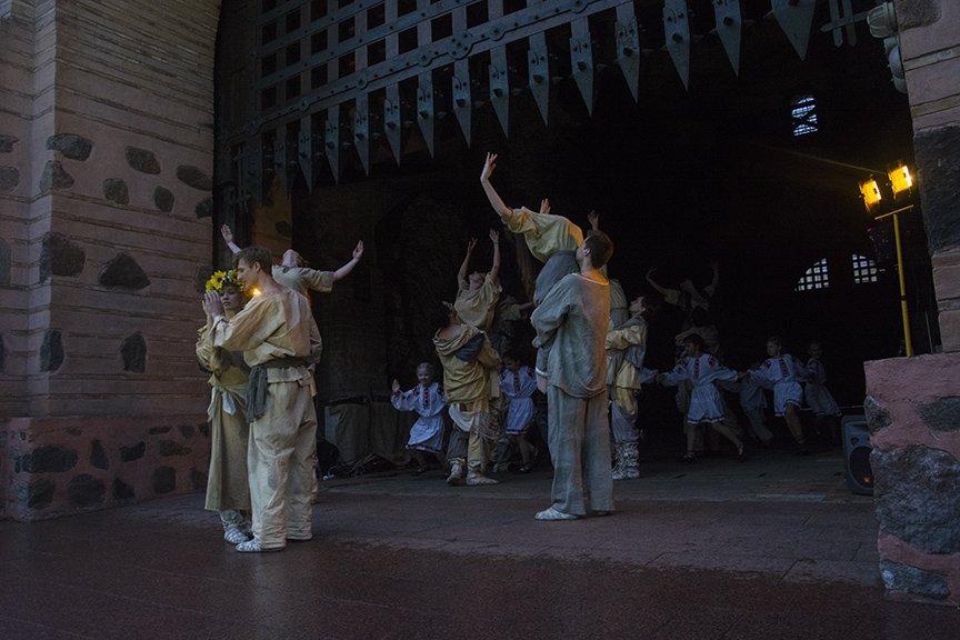 У Золотых ворот прошла постановка о защитниках средневекового Киева и современной Украины, фото-5