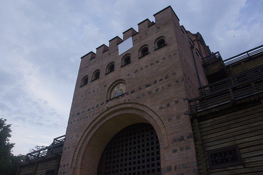 У Золотых ворот прошла постановка о защитниках средневекового Киева и современной Украины, фото-22
