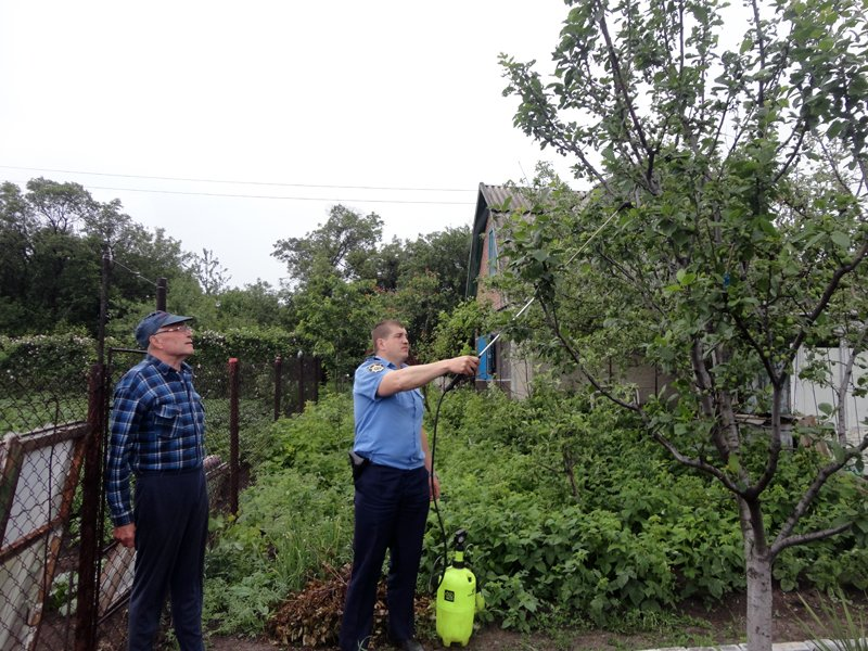 В рамках оперативно-профилактической операции правоохранители Доброполья посетили 6679 граждан, фото-2