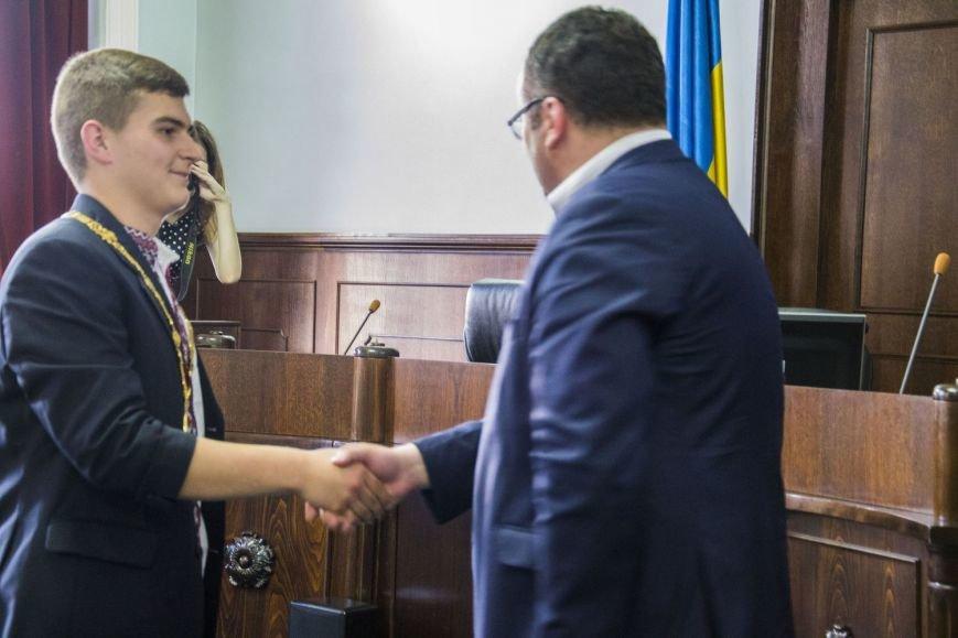 Вчора у сесійній залі чернівецької міськради відбулося засідання депутатів майбутнього(ФОТО), фото-14