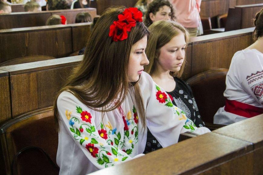 Вчора у сесійній залі чернівецької міськради відбулося засідання депутатів майбутнього(ФОТО), фото-1
