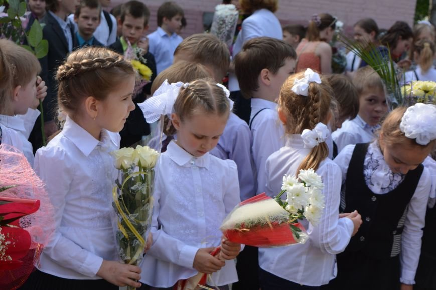 В Новополоцке прозвенел последний звонок. Фоторепортаж из гимназии №1, фото-17