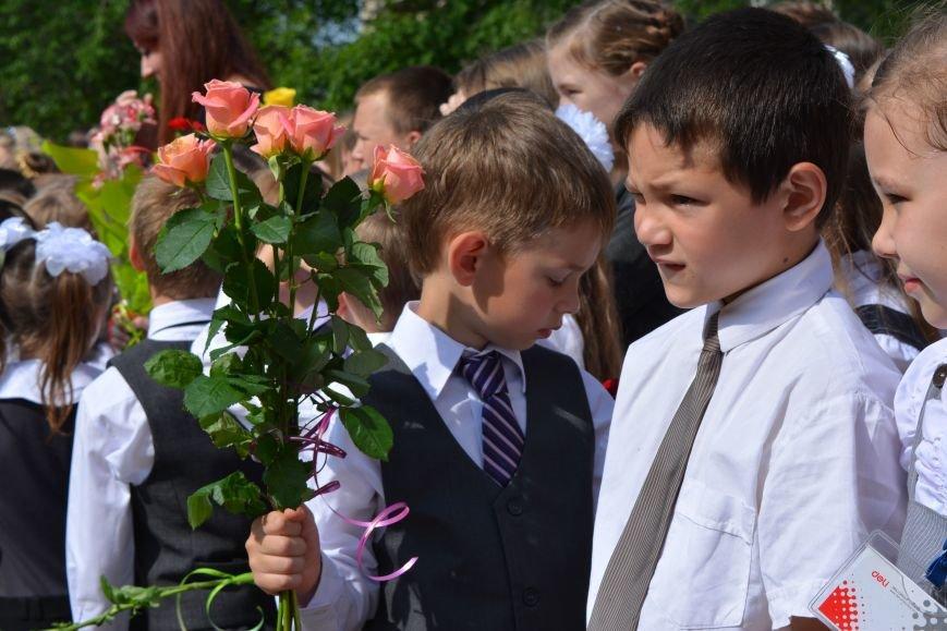 В Новополоцке прозвенел последний звонок. Фоторепортаж из гимназии №1, фото-42