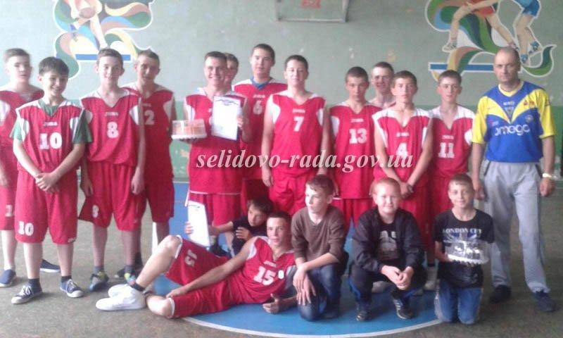 Горняцкие баскетболисты сыграли против команд Покровска и Мирнограда, фото-1
