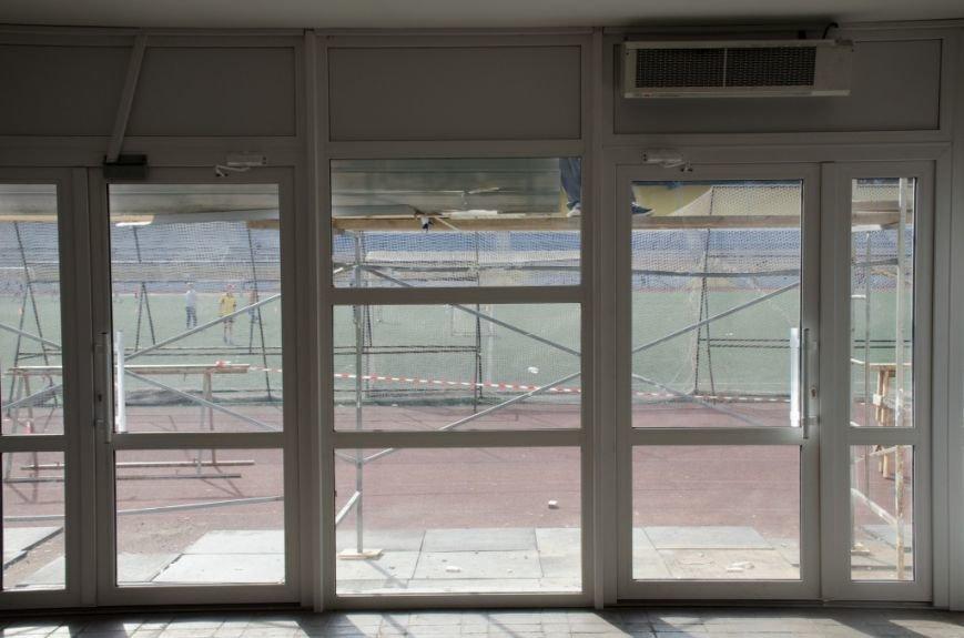 В Сыктывкаре, на Республиканском стадионе, идёт ремонт, фото-2