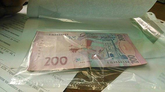 Чиновника Херсонского горсовета задержали за вымогательство взятки в 10 тыс. грн, фото-1