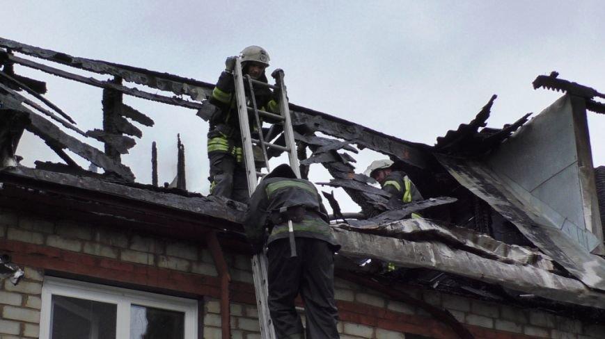 В тушении крупного пожара в Чернигове участвовали 21 спасатель и 6 единиц техники, фото-2