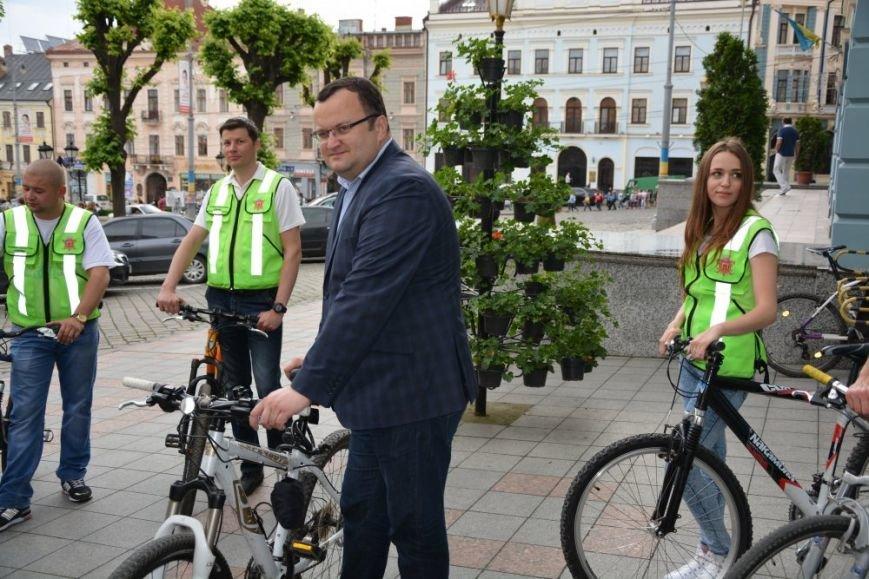 Чернівецька інспекція з благоустрою пересіла на велосипеди, фото-1