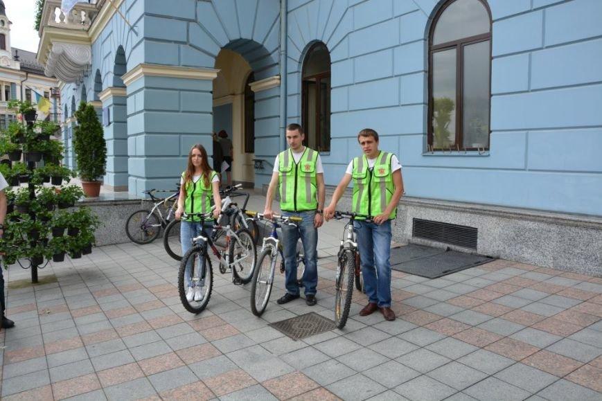 Чернівецька інспекція з благоустрою пересіла на велосипеди, фото-6
