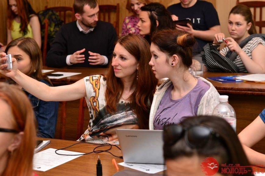Молодь з України навчали журналістиці у Рівному (Фото), фото-2