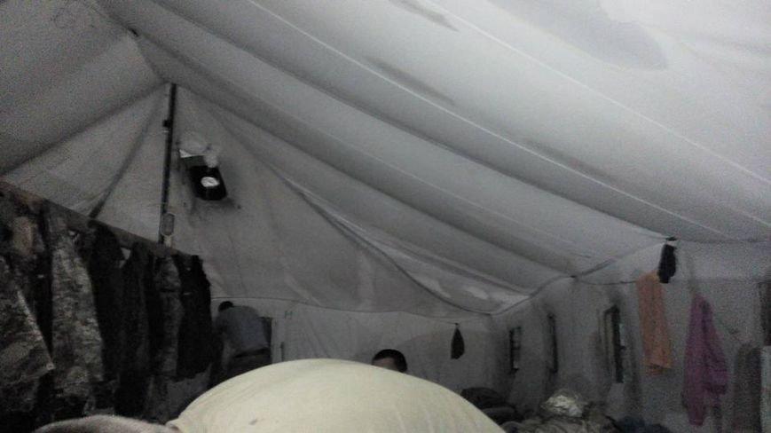 Черниговские палатки для военных развалились после первого дождя, фото-4